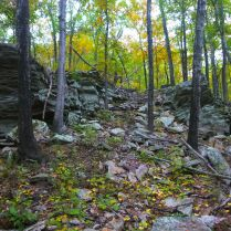 Collapsed boulder field above Cedar Creek on OHT